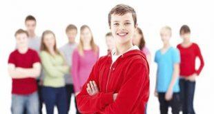 تماس فیزیکی با نوجوان